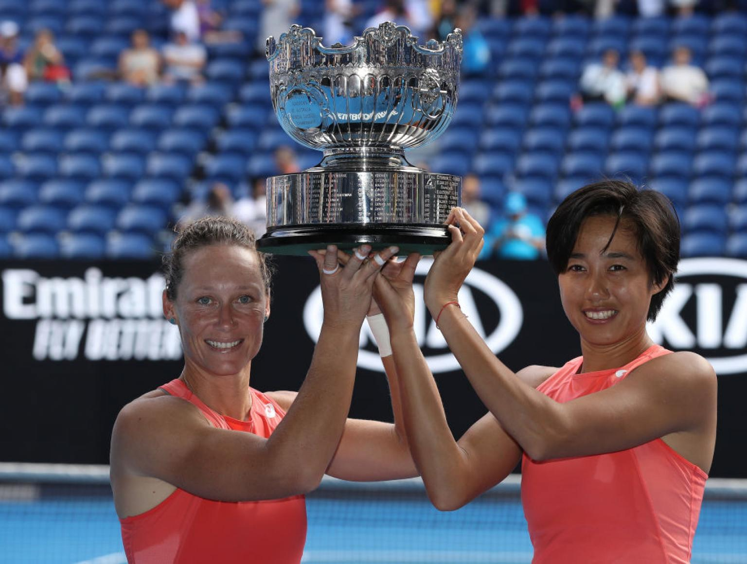 The crown of Double in Stosur and Zhang!