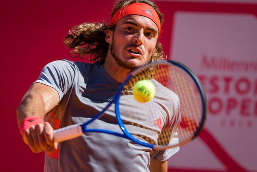 Tsitsipas advances to the Quartefinals