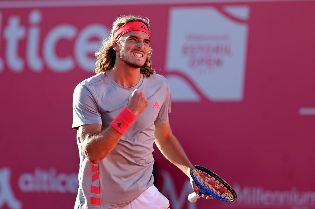 Tsitsipas advances to the semis of Estoril Open!!!