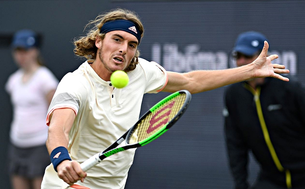 Stefanos Tsitsipas in the second round of Swiss Indoors Basel